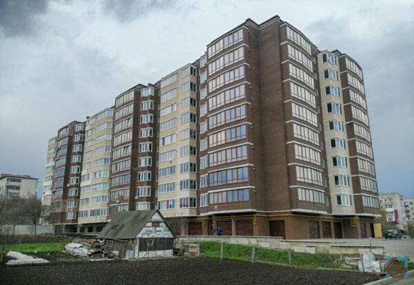 Голова громади під Луцьком не задекларував нову двокімнатну квартиру
