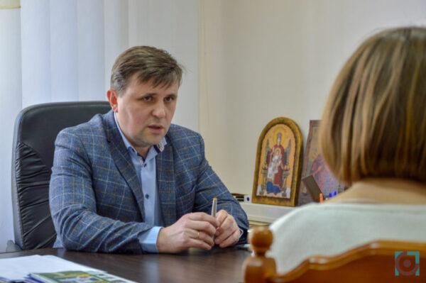 Голова Луцької райради заплатив за номери для автівки 10 тисяч гривень