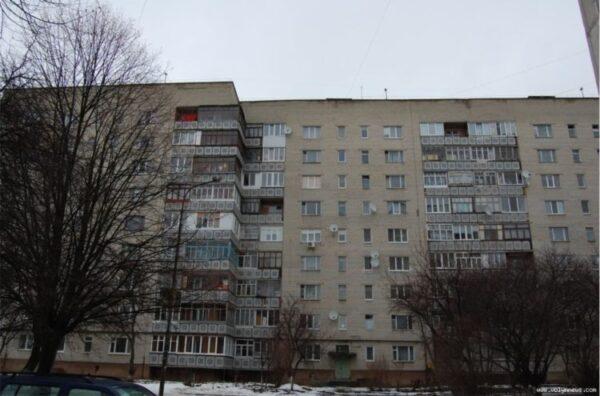 Департамент ЖКГ замовив ремонт даху будинку у чоловіка посадовиці Луцької міськради