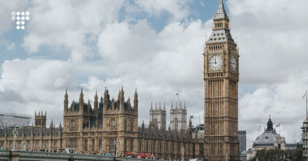 Англія з 11 жовтня дозволить в'їзд вакцинованим українцям без обов'язкового карантину