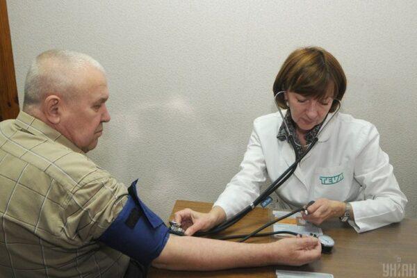 Електронний лікарняний: як працює, де отримати і чи можна ще відкрити паперовий — hromadske пояснює з фахівцями